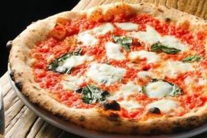 Pizza d'asporto presso il Ristorante La Trela